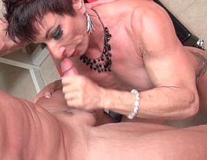 Female bodybuilder Anna Phoenixxx is being subjected to another round of sex tests. This test is called The Pump Test, but maybe they should have called it The Suck Test because ripped, vascular Anna seems to more sucking than pumping! The doctor loves Anna's bulging biceps, powerful legs and lean, ripped abs. He gets all pumped in no time.