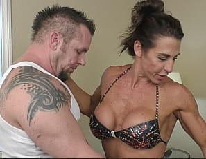 Super sexy female bodybuilder Briana Beau loves her boyfriend, and she loves his big cock as well. Once they get home she can barely contain herself. Once she gets his pants its off to the races. You'll love watching Briana please her boyfriend orally.